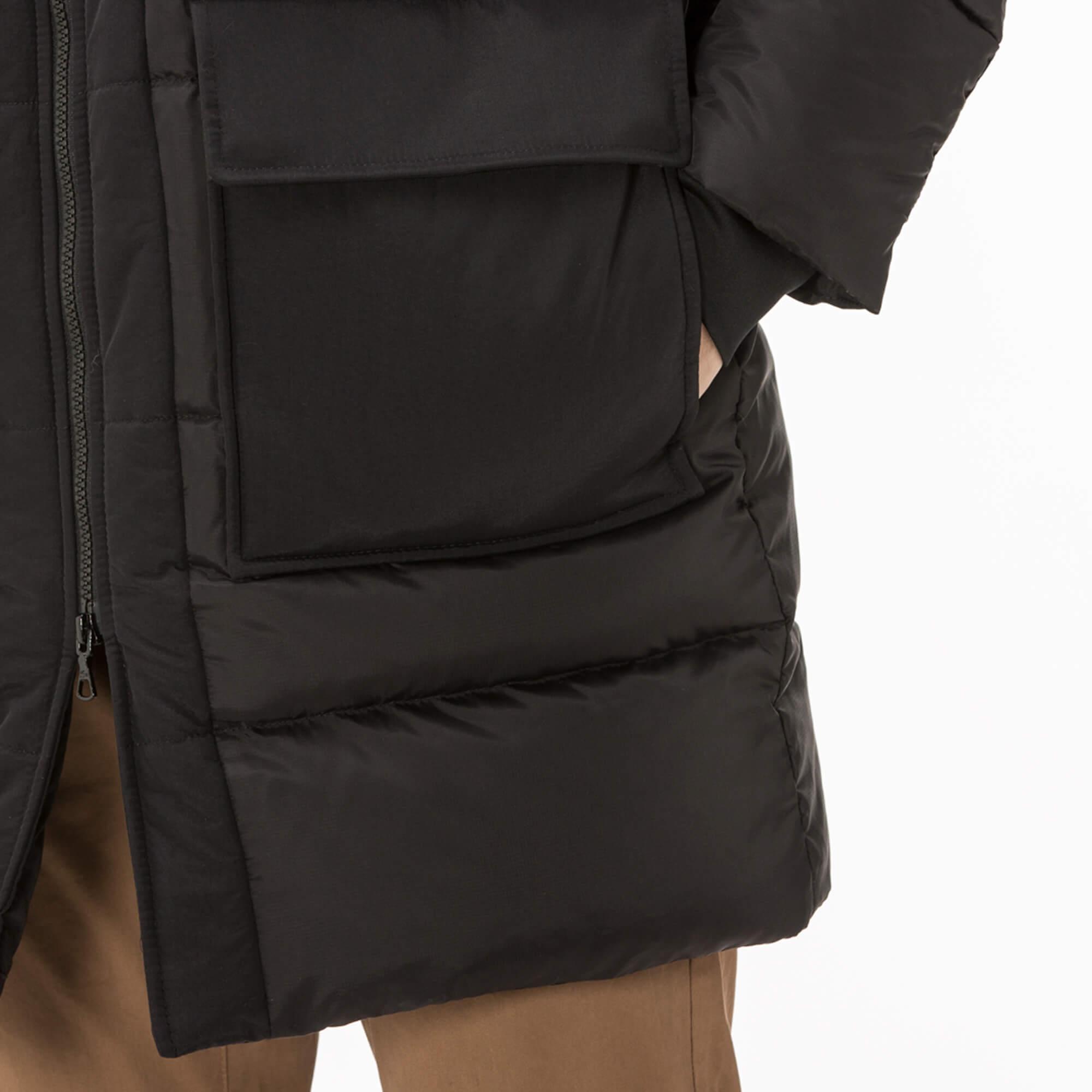 Lacoste Erkek Kaz Tüyü Kapüşonlu Siyah Mont