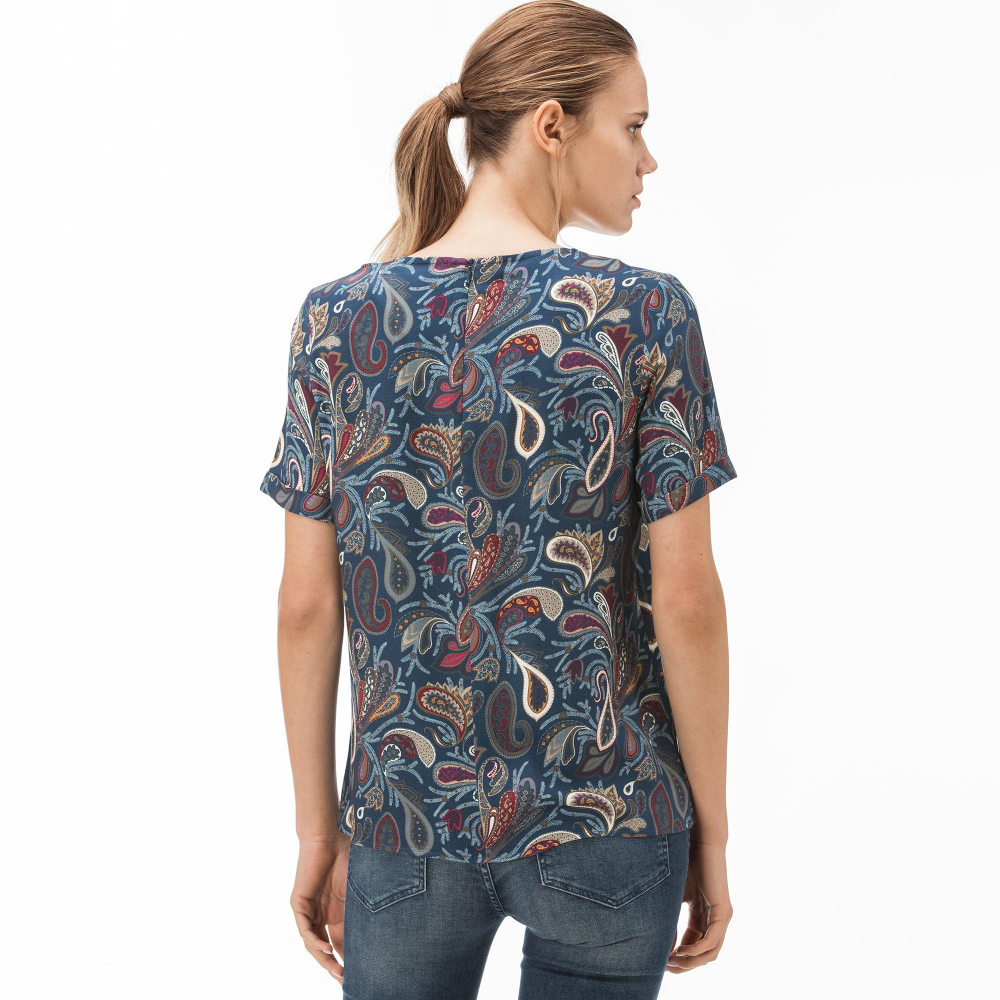 Lacoste Kadın Desenli Kayık Yaka Kısa Kollu Lacivert Bluz