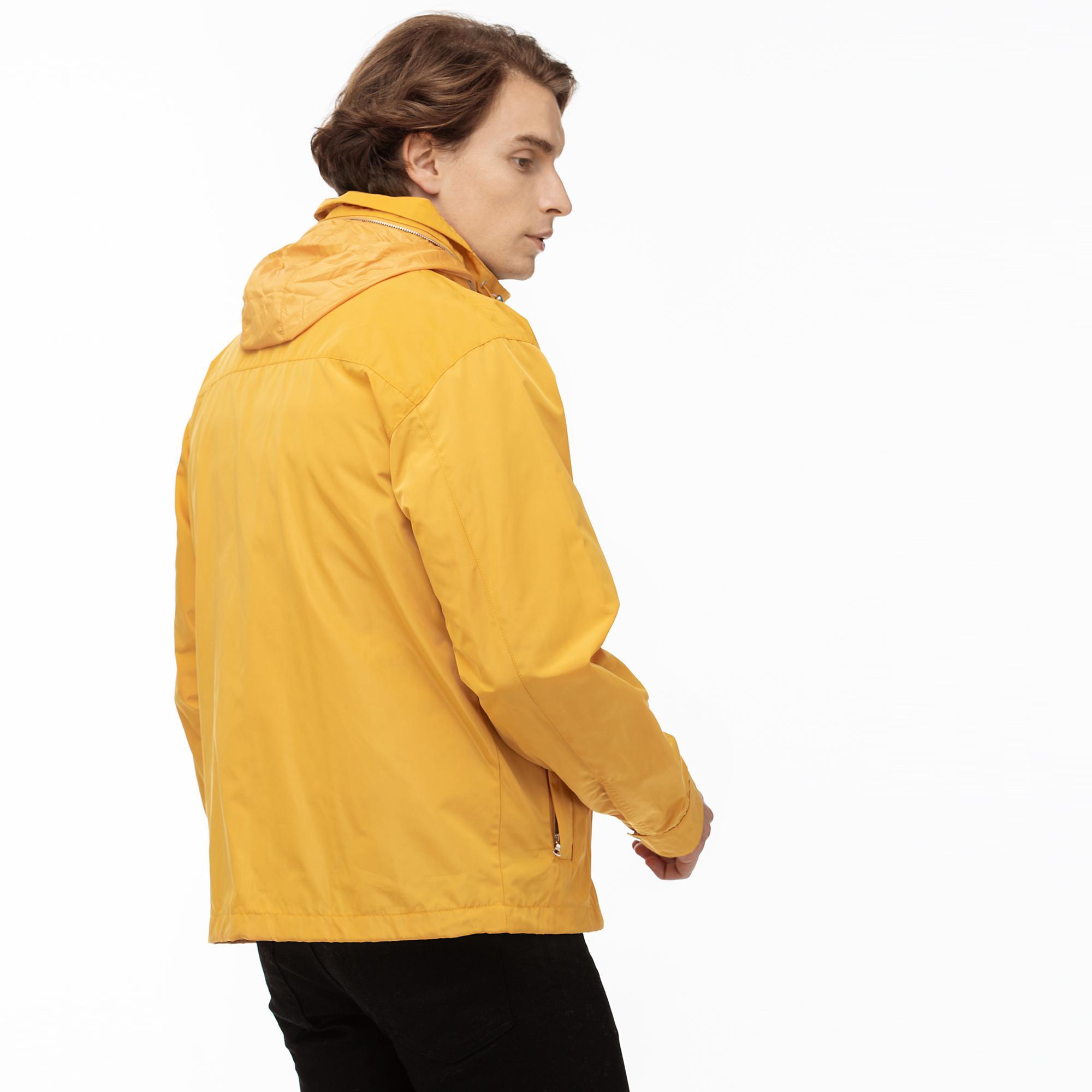 Lacoste Erkek Sarı Gizlenebilir Kapüşonlu Kombinlenebilen Rüzgarlık
