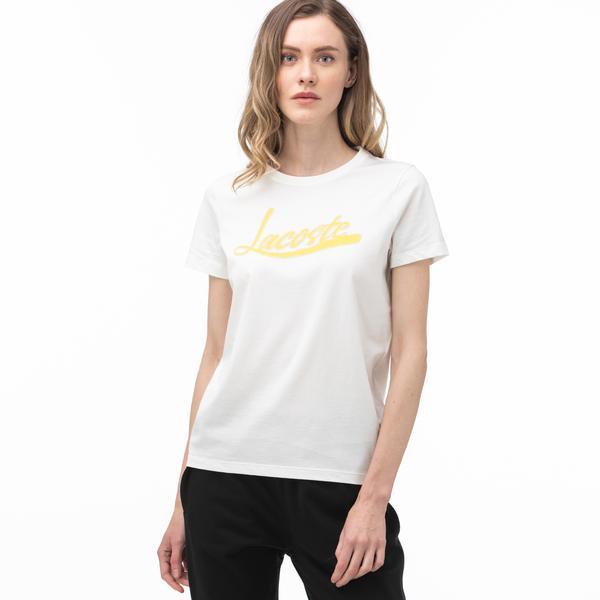 Lacoste Kadın Kayık Yaka Baskılı Beyaz T-Shirt
