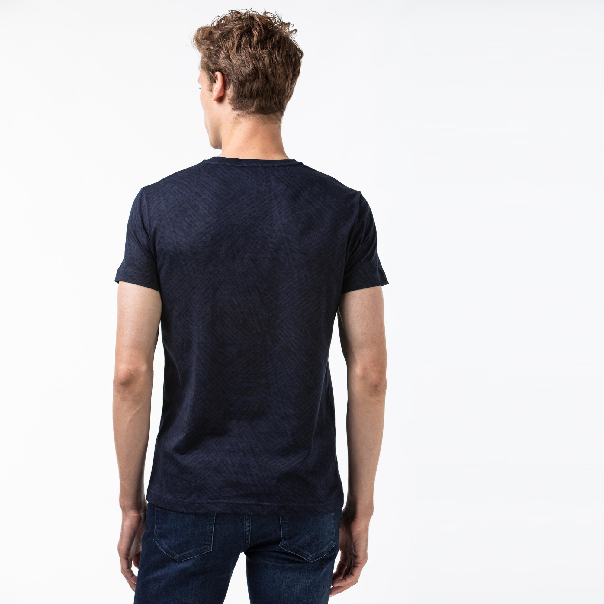Lacoste Erkek Desenli V Yaka Lacivert T-Shirt