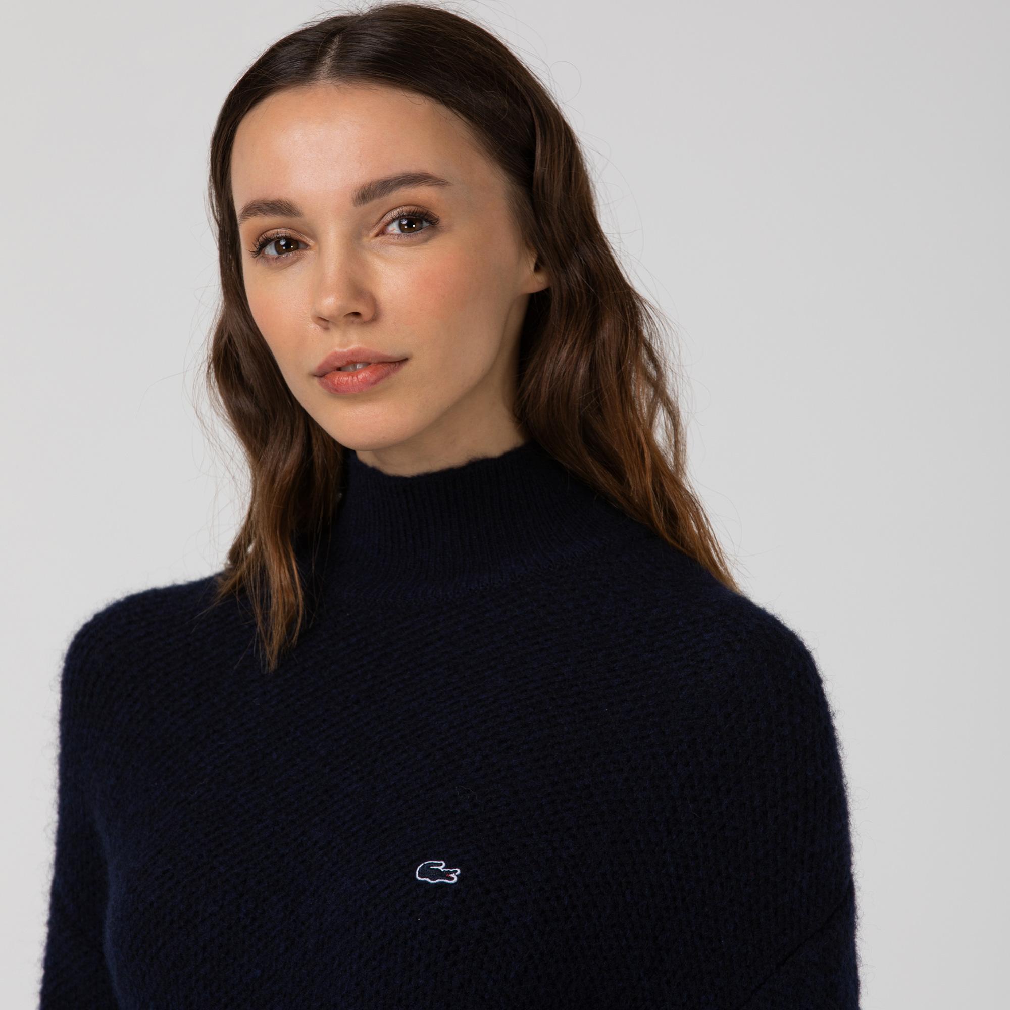 Lacoste Kadın Boğazlı Yaka Lacivert Triko Kazak