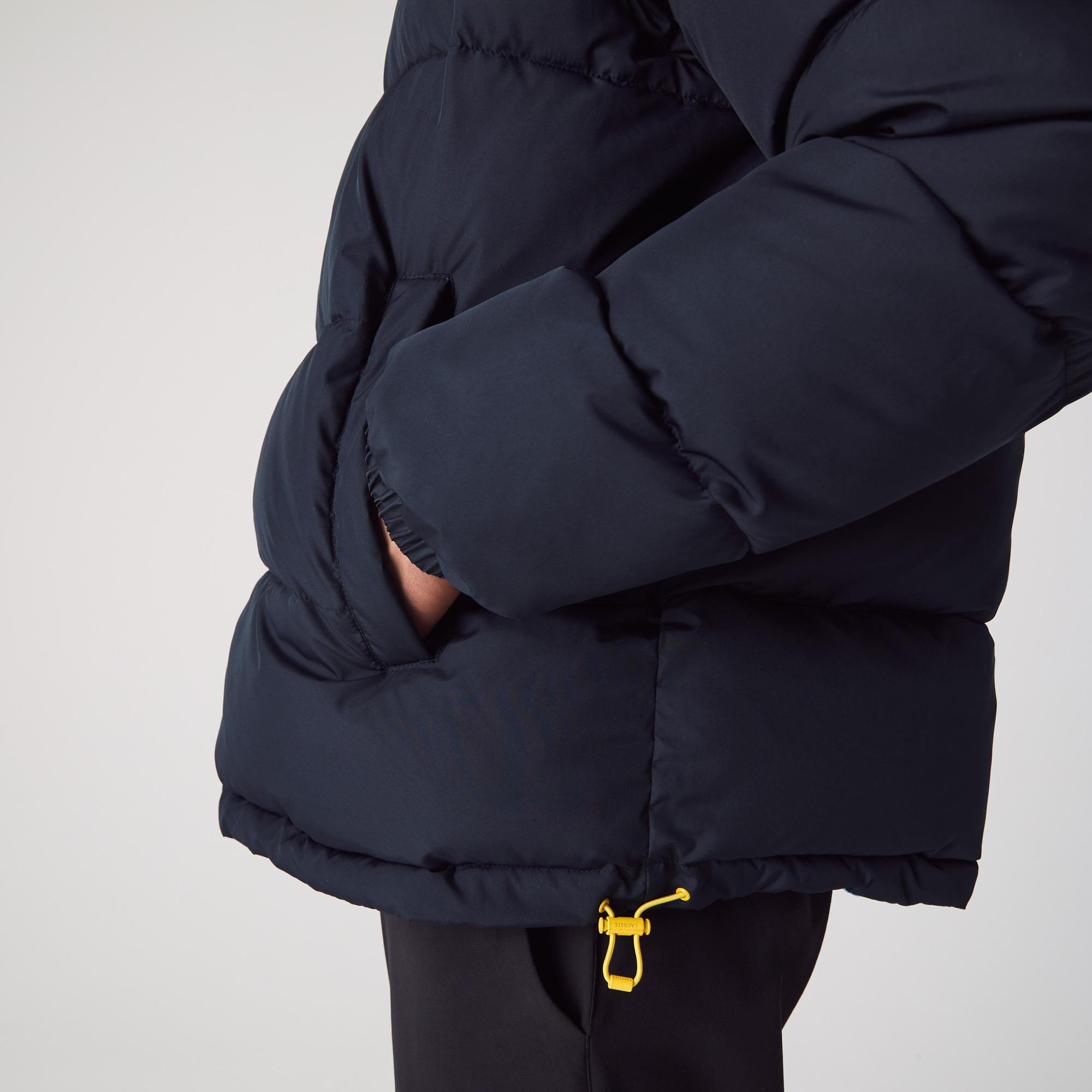 Lacoste x National Geographic Erkek Baskılı Kapüşonlu Lacivert Çift Taraflı Mont