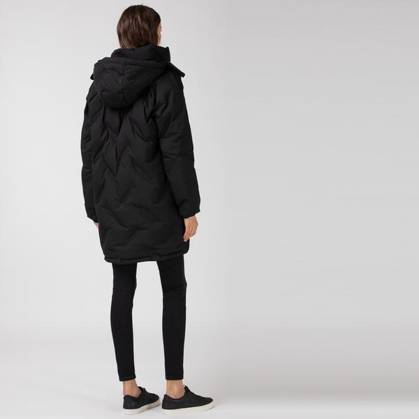 Lacoste Kadın Kapüşonlu Siyah Mont