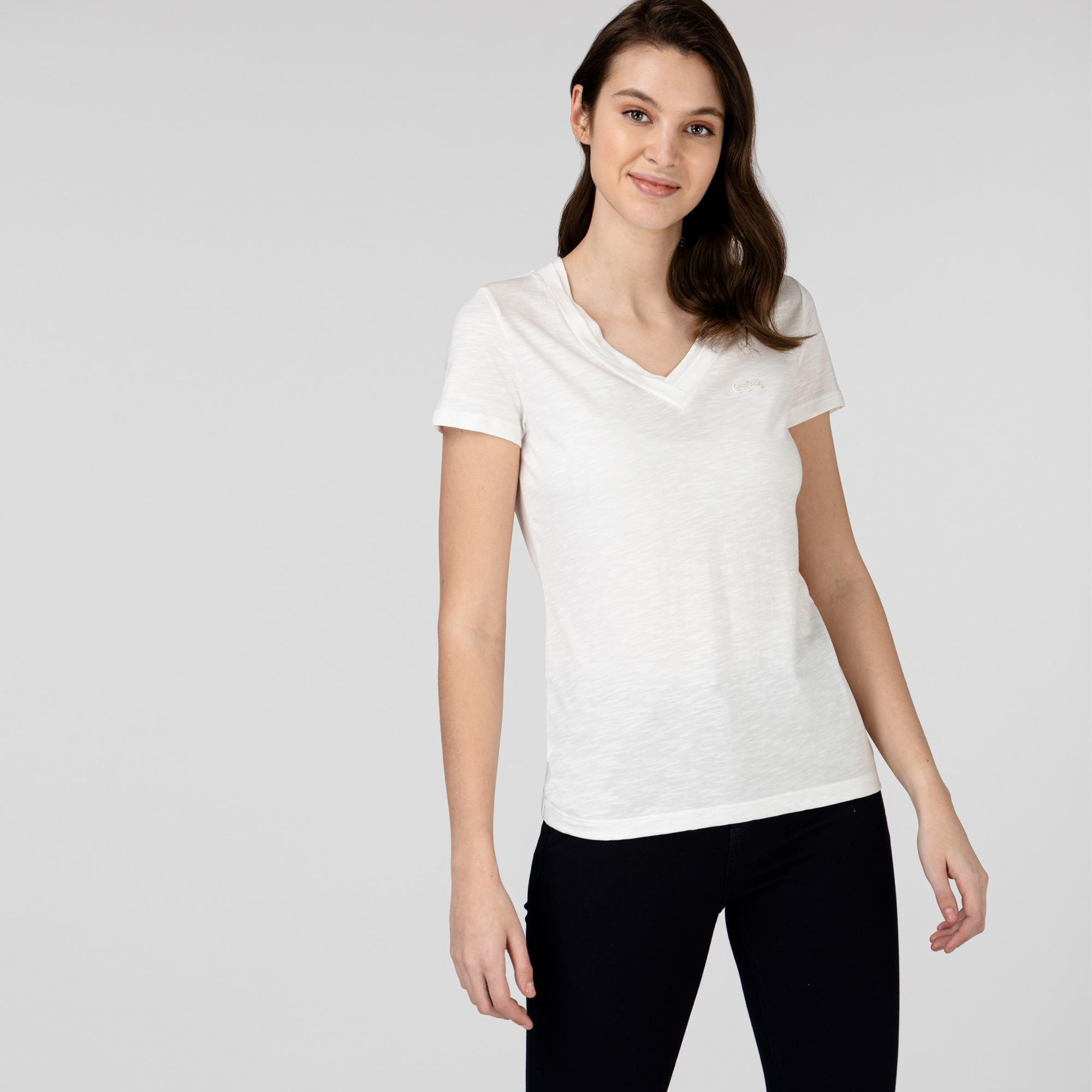 Lacoste Kadın Slim Fit V Yaka Beyaz T-Shirt