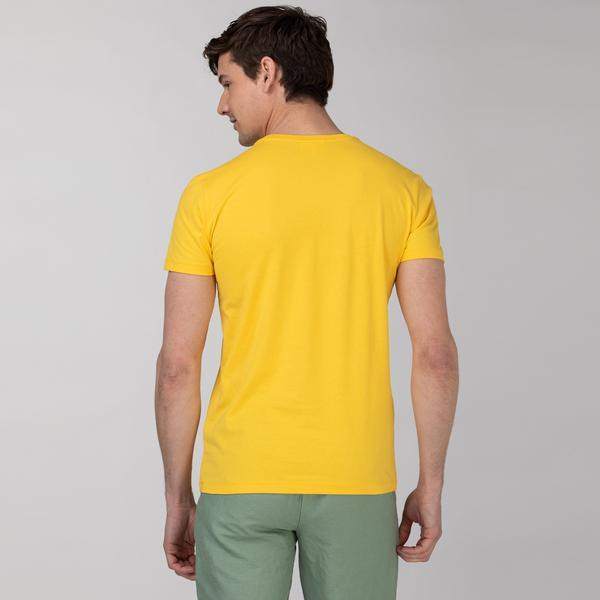 Lacoste Erkek Bisiklet Yaka Baskılı Sarı T-Shirt