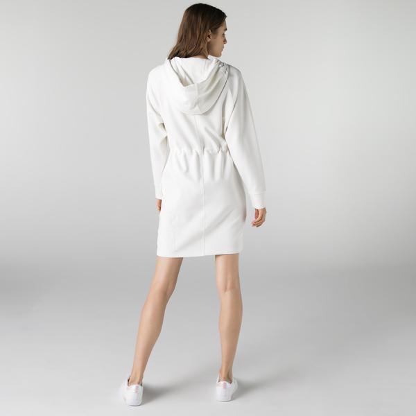 Lacoste Kadın Loose Fit Uzun Kollu Kapüşonlu Beyaz Elbise