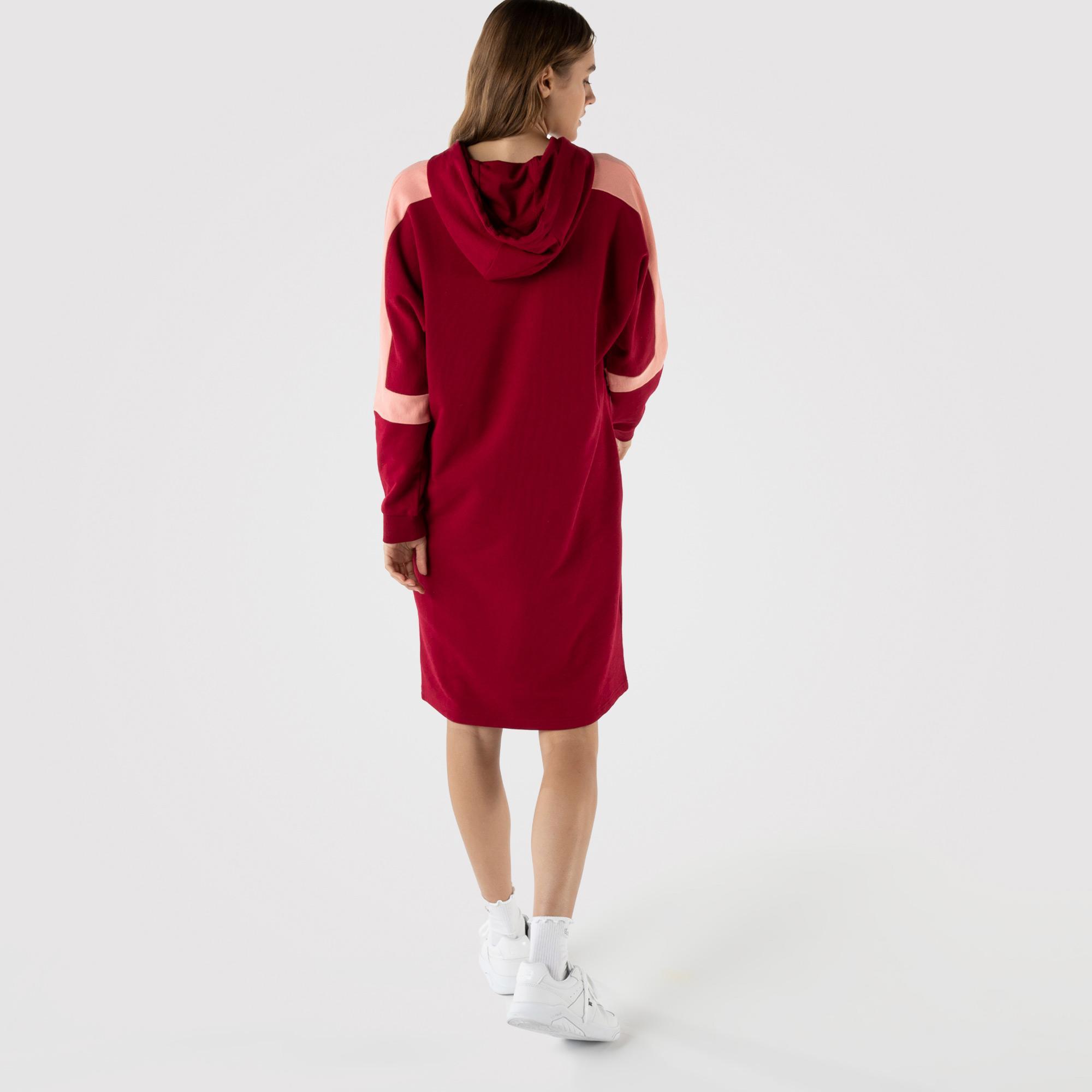 Lacoste Kadın Loose Fit Uzun Kollu Kapüşonlu Renk Bloklu Kırmızı Elbise